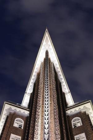 axel-schmies-chilehaus-at-night-architecture-detail-hamburg-germany-europe