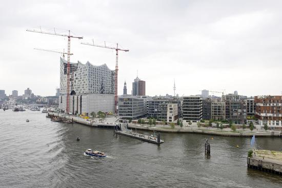 axel-schmies-hafencity-west-elbphilharmonie-construction-site-aerial-shot-hanseatic-city-of-hamburg-germany