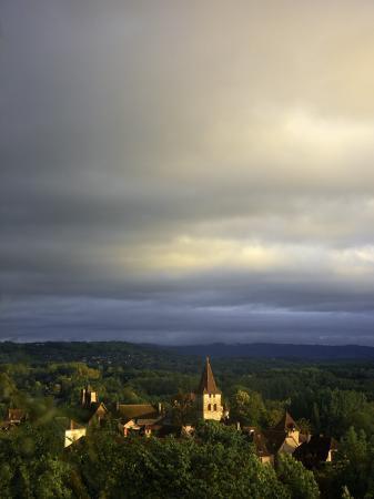 barbara-van-zanten-morning-storm-clouds-over-village-of-carennac