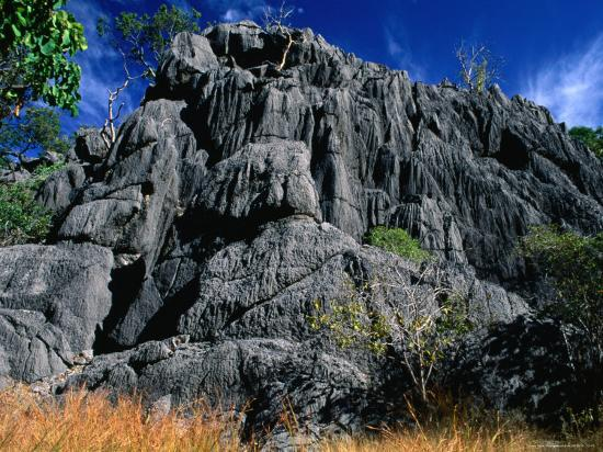 barnett-ross-limestone-bluff-at-archways-near-mungana-chillagoe-queensland-australia