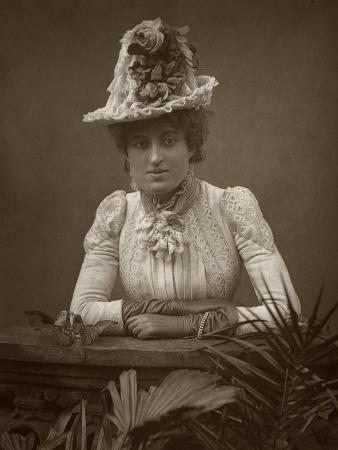 barraud-british-actress-cissy-grahame-in-the-pickpocket-1886