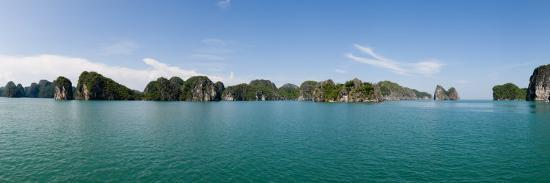 bay-with-cliffs-in-the-background-halong-bay-vietnam