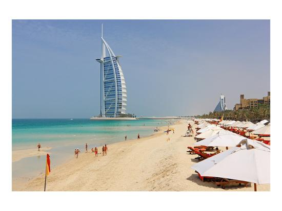 beach-at-the-al-quasr-hotel-of-madinat-jumeirah-with-view-of-burj-al-arab