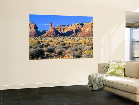 bernard-friel-pinnacles-and-buttes-in-valley-of-the-gods-monument-valley-utah-usa