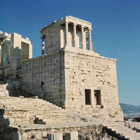 bettmann-exterior-view-of-the-temple-of-athena-nike