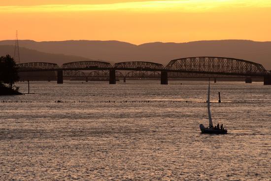 bfoxfoto-sailboat-sunset