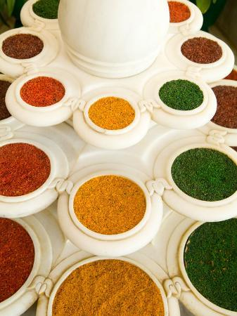 bill-bachmann-bowls-of-spices-from-above-agra-india