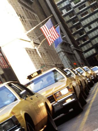 bill-bachmann-line-of-taxi-cabs-in-new-york-city-new-york-usa