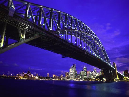 bill-bachmann-skyline-and-the-harbor-bridge-sydney-australia
