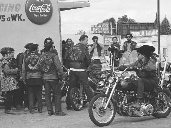 bill-ray-hell-s-angels-motorcycle-gang-members-hanging-out-in-a-parking-lot