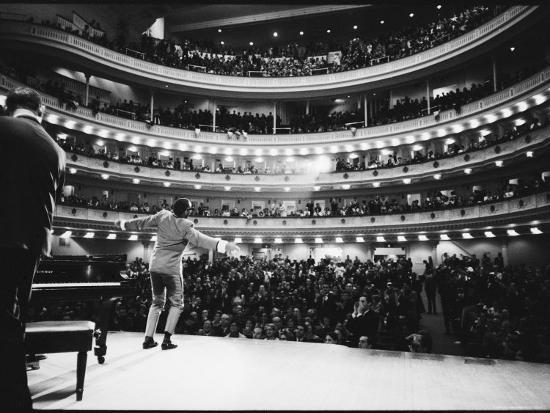 bill-ray-ray-charles-singing-with-arms-outstretched-during-performance-at-carnegie-hall