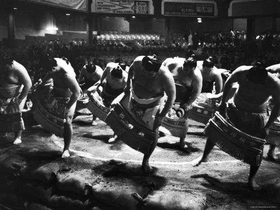bill-ray-sumo-wrestlers-performing-a-ritual-dance-before-a-demonstration-match