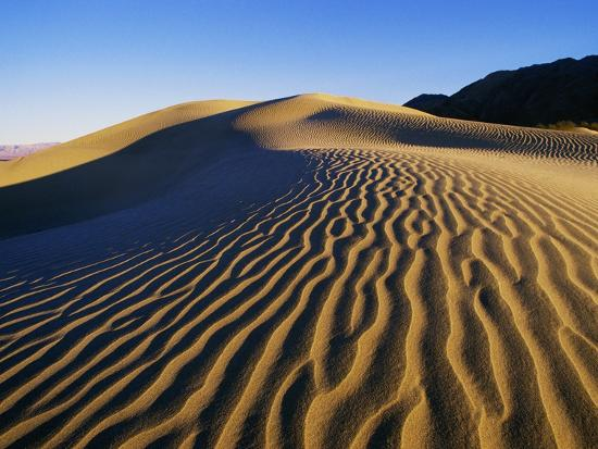 bill-ross-sand-dunes-in-death-valley