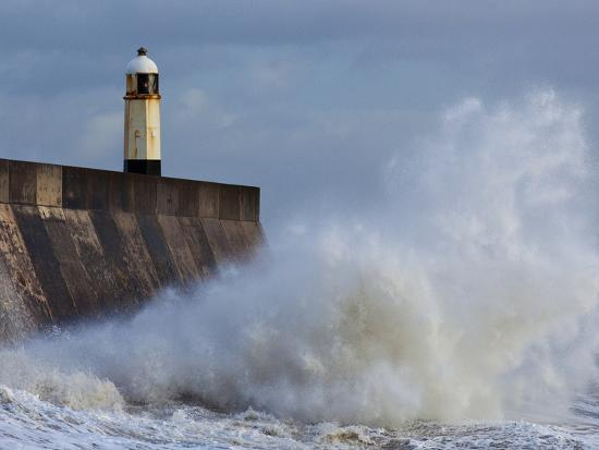 billy-stock-harbour-light-porthcawl-south-wales-wales-united-kingdom-europe