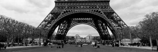 black-and-white-eiffel-tower-paris-france