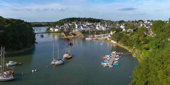 boats-in-the-sea-le-bono-gulf-of-morbihan-morbihan-brittany-france