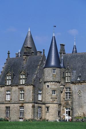 bonnefontaine-castle-antrain-brittany-france