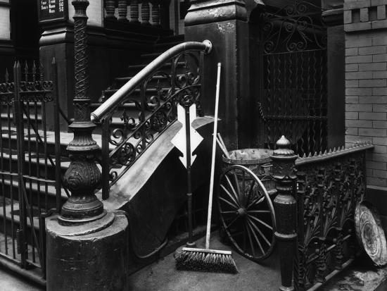 brett-weston-stairway-with-broom-manhattan-1945