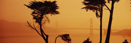 bridge-over-water-golden-gate-bridge-san-francisco-california-usa