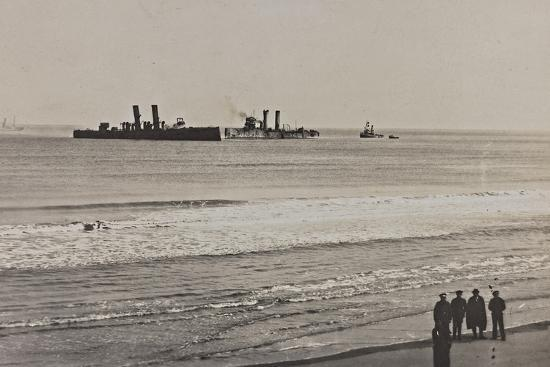 british-naval-vessels-off-the-port-of-ostend-during-the-first-world-war