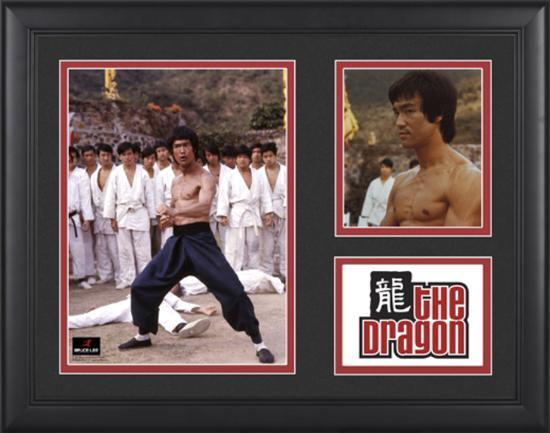 bruce-lee-the-dragon-framed-presentation-with-two-photos