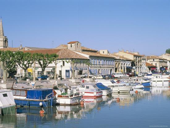 bruno-barbier-quai-de-la-paix-le-canal-du-rhone-at-sete-town-of-beaucaire-gard-languedoc-roussillon-france