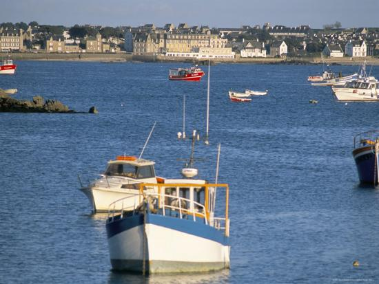 bruno-barbier-town-of-roscoff-finistere-brittany-france