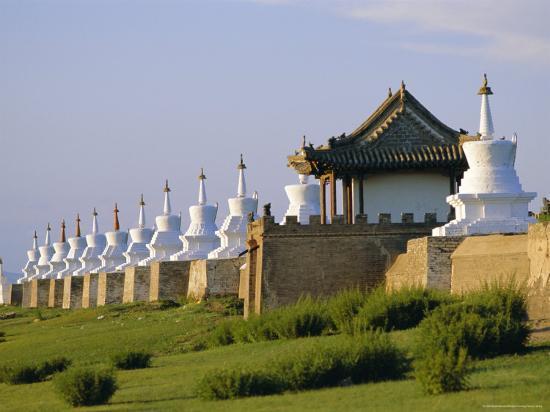 bruno-morandi-exterior-wall-with-108-stupas-at-erdene-zuu-monastery-kharkhorin-karakorum-ovorkhangai-mongolia