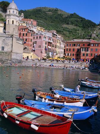 bruno-morandi-vernazza-cinque-terre-unesco-world-heritage-site-italian-riviera-liguria-italy