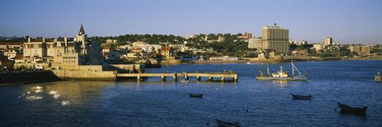 buildings-at-the-waterfront-cascais-lisbon-portugal