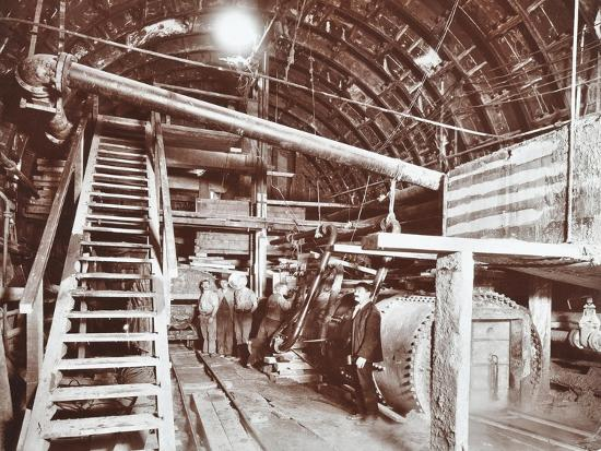 bulkhead-to-retain-compressed-air-in-the-rotherhithe-tunnel-london-october-1906