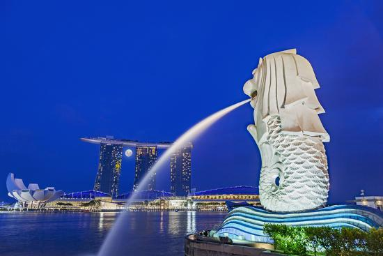 cahir-davitt-the-marina-bay-sands-hotel-and-shopping-centre-and-the-singapore-art-and-science-museum-singapore