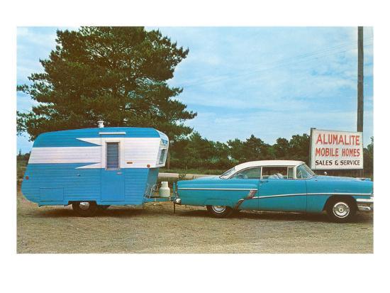 car-towing-small-alumalite-trailer
