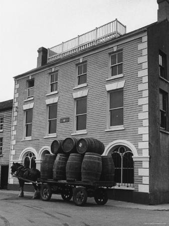 carl-mydans-barrells-in-irish-village-used-during-the-filming-of-moby-dick