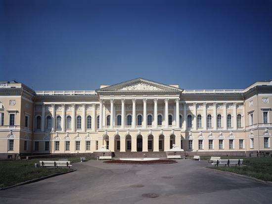 carlo-rossi-the-old-michael-palace-in-st-petersburg-1819-1825