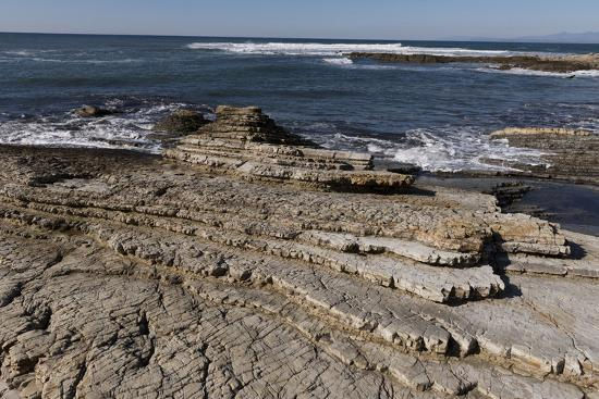 carol-highsmith-rocky-shoreline-of-morro-bay-state-park