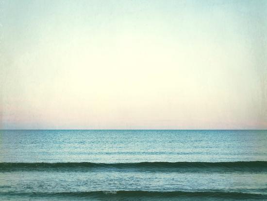carolyn-cochrane-the-distant-horizon