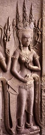 carving-of-a-deity-wearing-elaborate-headdresses-at-angkor-wat-temple-angkor-cambodia