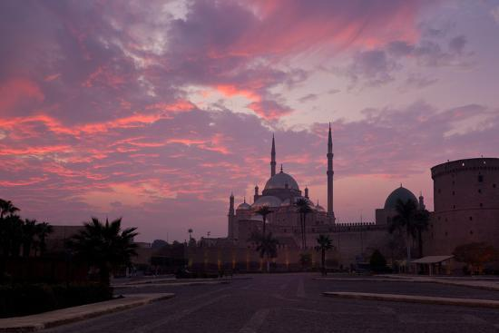 catharina-lux-egypt-cairo-landmark-citadel-with-mosque-of-muhammad-ali-dusk