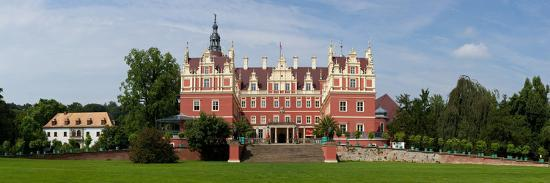catharina-lux-germany-saxony-bad-muskau-new-and-old-castle-panorama