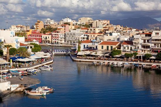 catharina-lux-greece-crete-agios-nikolaos-lake-voulismeni