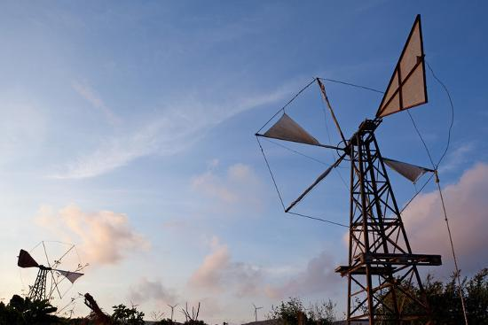 catharina-lux-greece-crete-chandras-plateau-wind-turbines