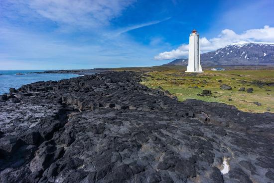 catharina-lux-peninsula-snaefellsnes-lighthouse-malariff