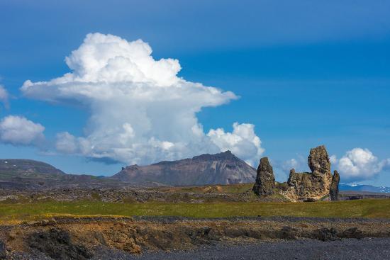catharina-lux-peninsula-snaefellsnes-londrangar-cumulus-cloud