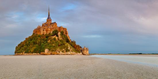 cathedral-on-an-island-mont-saint-michel-manche-basse-normandy-france