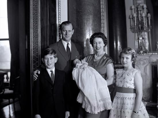 cecil-beaton-queen-elizabeth-ii-with-the-duke-of-edinburgh-prince-charles-andrew-and-princess-anne-england