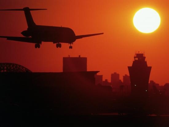 charles-blecker-airplane-descending-at-dawn