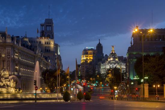 charles-bowman-calle-de-alcala-plaza-de-cibeles-madrid-spain-europe