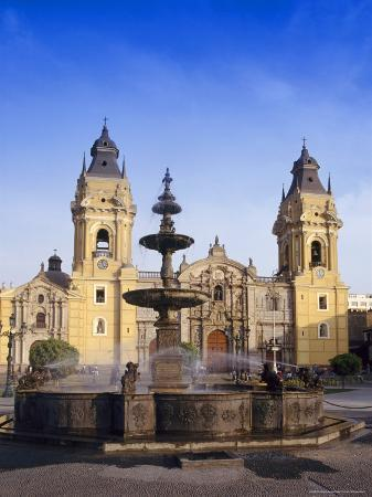 charles-bowman-fountain-in-front-of-the-cathedral-in-lima-peru-south-america