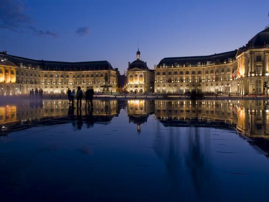 charles-bowman-place-de-la-bourse-at-night-bordeaux-aquitaine-france-europe
